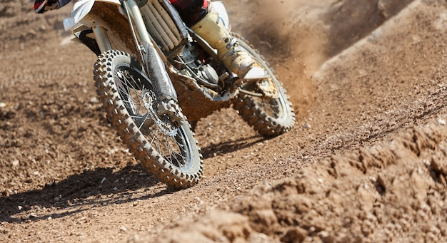 Prędkość motocross na torze.