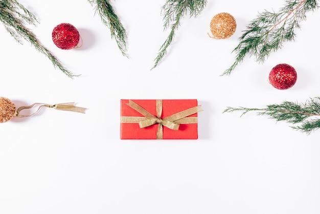 Prezenty i ozdoby świąteczne
