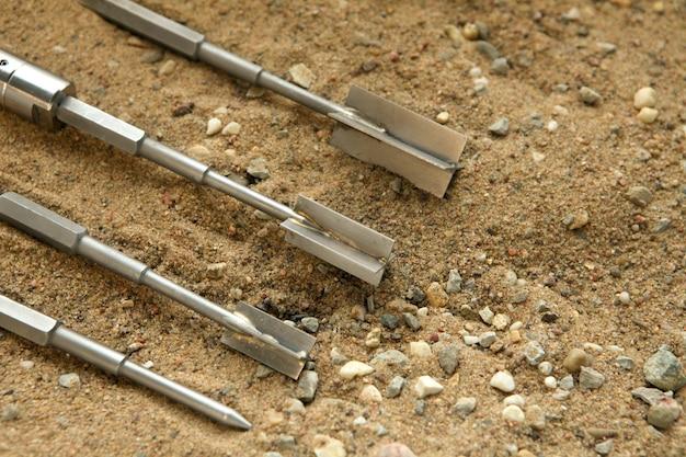 Próba łopatkowa do badań wytrzymałości udziału gruntu piaszczystego próbka gruntu pobrana z prac wiertniczych na miejscu