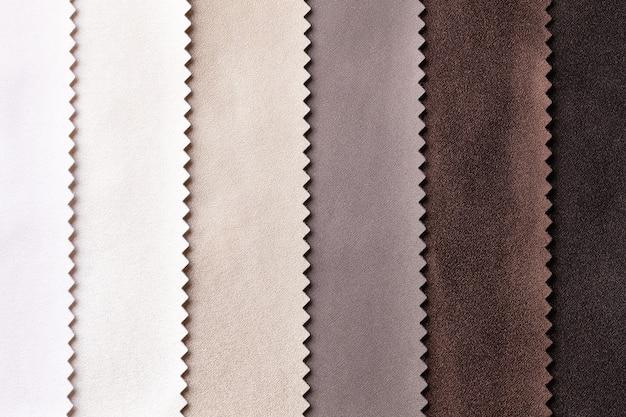 Próbka tkaniny skórzanej w kolorze brązowym i beżowym