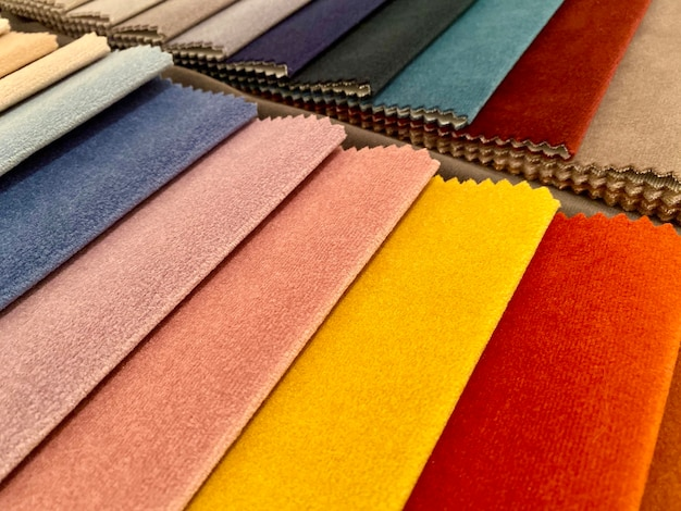 Próbki tkanin do zdobienia zasłon medel kolorowe odcienie tkaniny