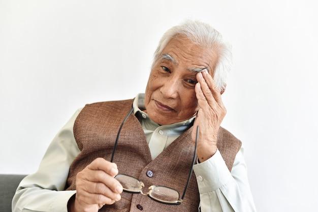 Problemy z utratą wzroku u seniorów