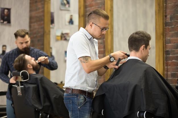 Proces roboczy w fryzjerstwie