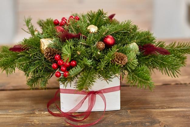 Producent świątecznych dekoracji własnymi rękami. gwiazdka