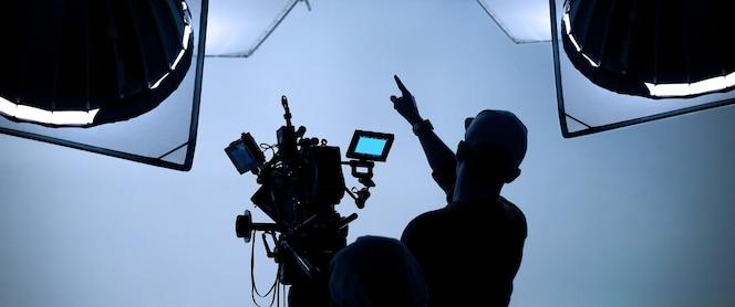 Produkcja wideo za kulisami tworzenie reklamówki telewizyjnej, w której ekipa filmowa ekipa lightman