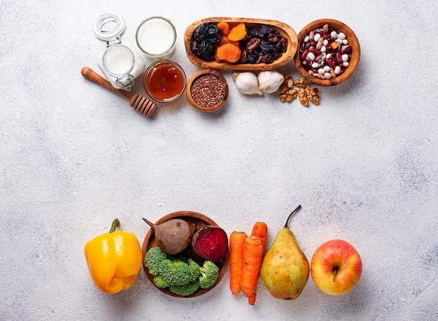 Produkty dla zdrowego jelita. jedzenie dla jelit