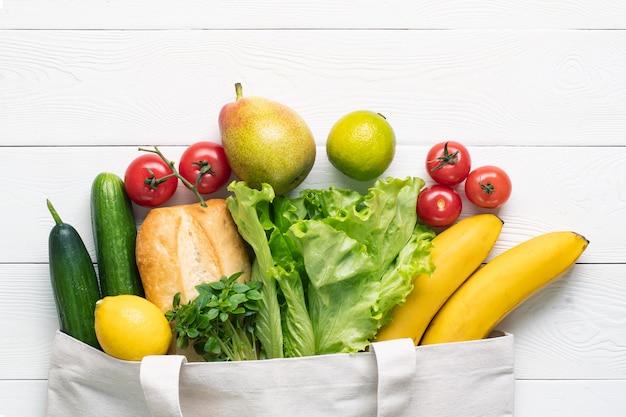 Produkty przyjazne dla środowiska w torbie tekstylnej