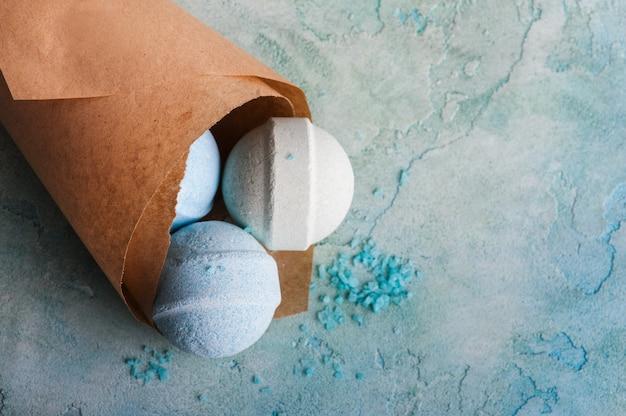Produkty spa z bombami do kąpieli