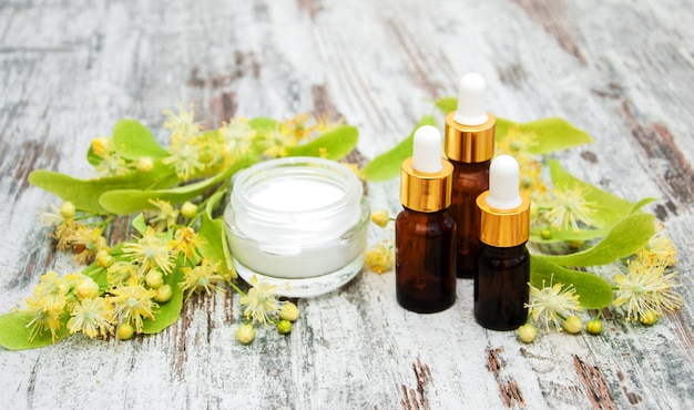 Produkty spa z kwiatami lipy