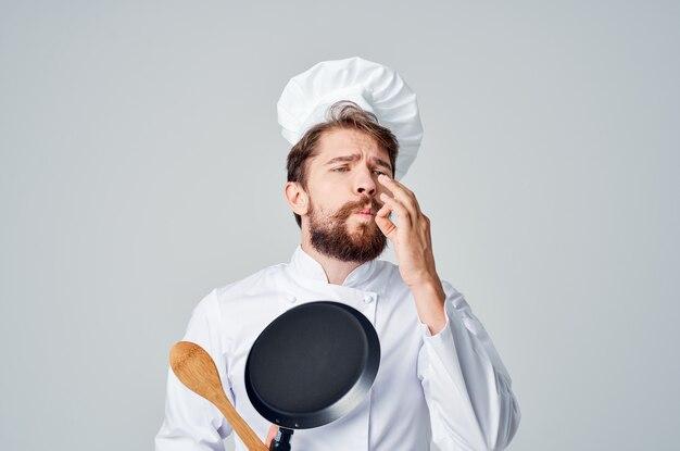 Profesjonalna patelnia szefa kuchni do gotowania żywności w kuchni