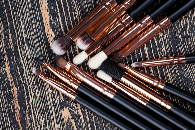 Profesjonalne kosmetyki dekoracyjne do dekoracji twarzy