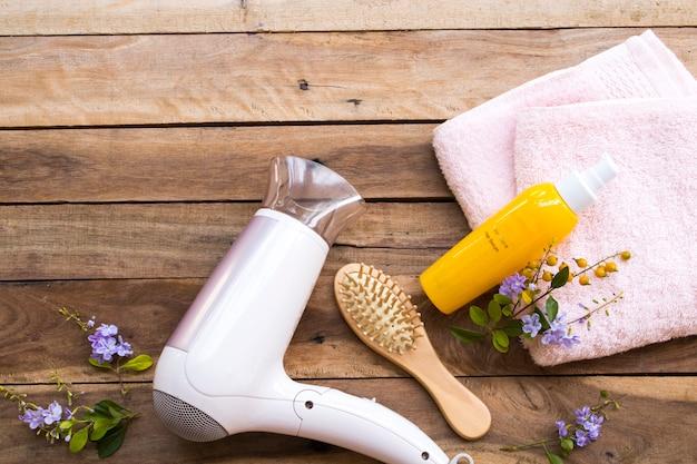 Profesjonalne serum pielęgnacyjne do włosów zniszczonych do skórek