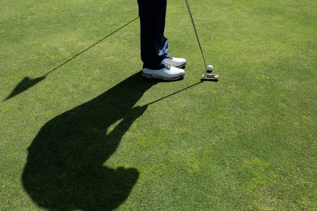 Profesjonalny golfista. bali. indonezja.
