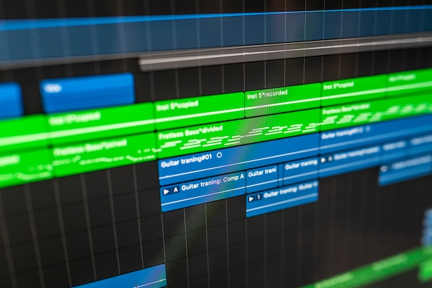 Program dźwiękowy na komputer dla dj-a, autora tekstów, producenta do tworzenia nowych pomysłów w studiu stereo.