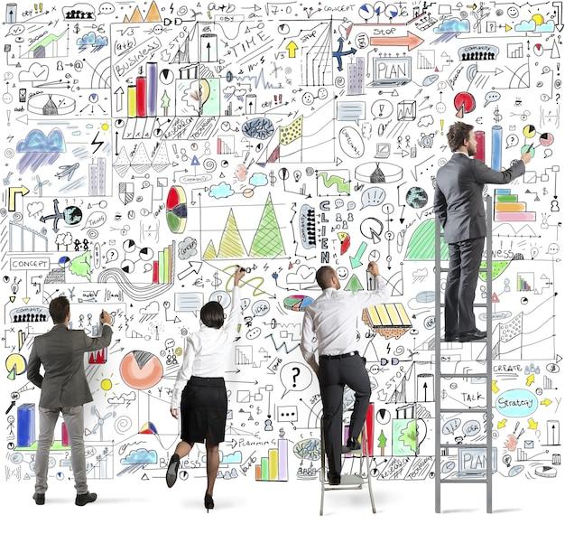 Projekt biznesowy na ścianie
