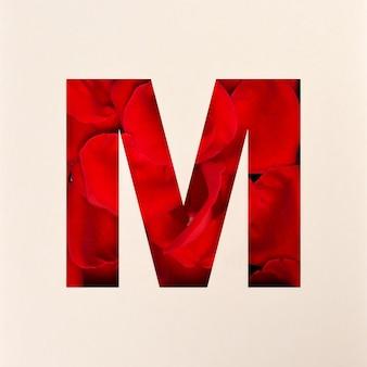 Projekt czcionki, czcionka abstrakcyjna alfabetu z płatkami róż, realistyczna typografia kwiatów - m