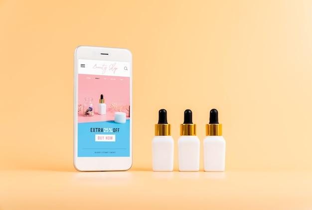 Projekt ekranu smartfona, aplikacja kosmetyków online. butelka na serum, makieta marki kosmetyków.