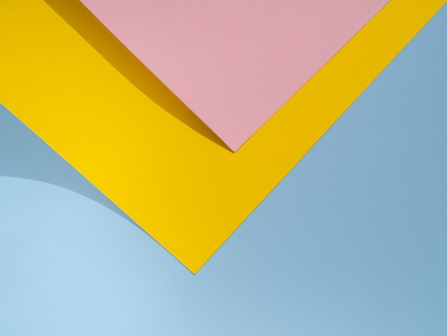 Projekt papieru różowy i żółty wielokąt