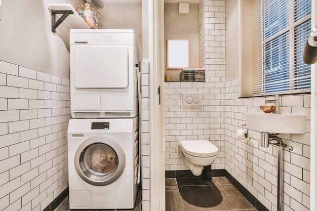 Projekt wnętrza pięknej i eleganckiej łazienki