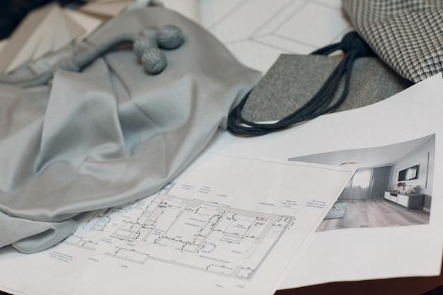 Projektant wnętrz kobieta w pracy. projekt i dekoracja wnętrz.