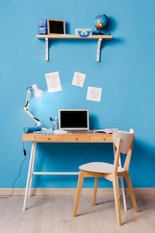Projektowanie wnętrz biurka dla dzieci
