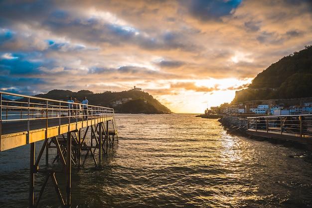 Promenada miasta san sebastián, gipuzkoa. kraj basków