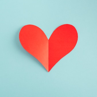 Proste czerwone serce papieru