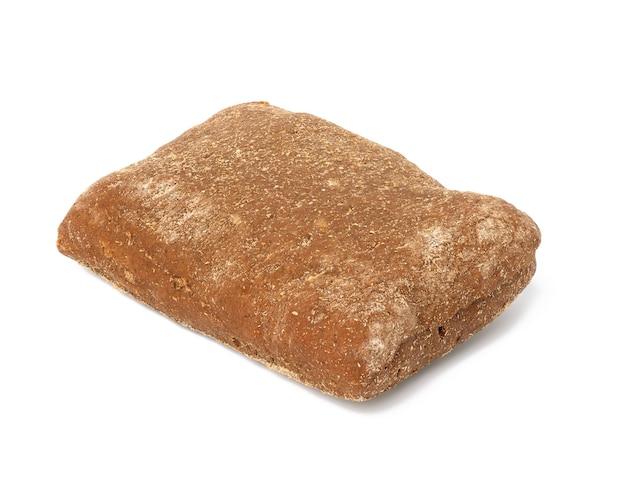 Prostokątna bułka z mąki żytniej pieczona na białym tle na białym tle