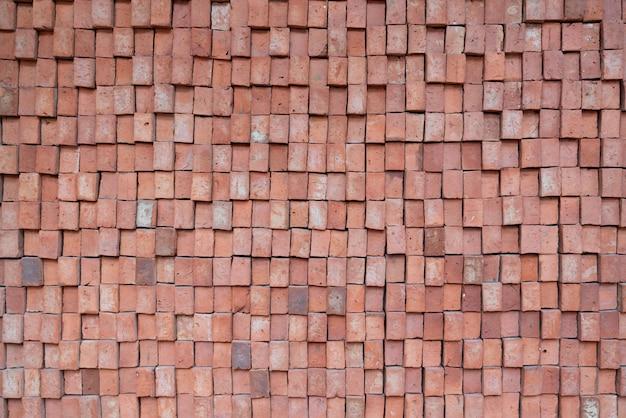 Prostokątne cegły elewacyjne o losowym wzorze ściany