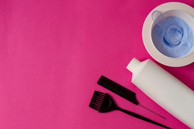 Proszek do koloryzacji włosów, miarka, pędzel, folia z pasm.