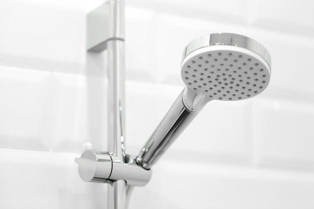 Prysznic z bliska