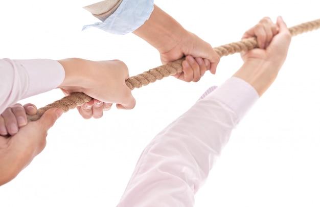 Przeciąganie liny jako element pracy zespołowej