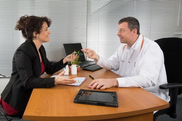 Przedstawiciel handlowy w branży farmaceutycznej