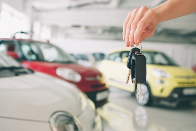 Przekazywanie kluczyków do samochodu