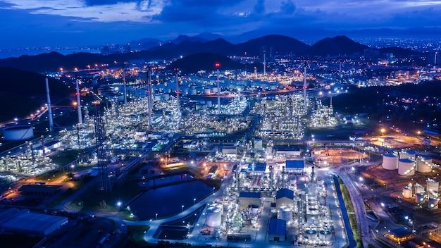Przemysłowy przemysł rafineryjny i gazowy lpg oraz komercyjne magazyny import i eksport statków morskich