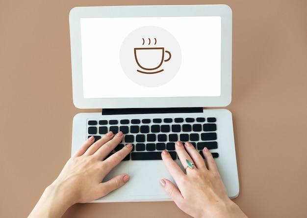 Przerwa w koncepcji kawy łyk