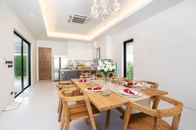 Przestronny salon i jadalnia na otwartym planie