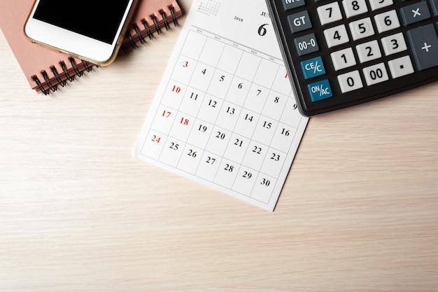 Przestrzeń do pracy. kalendarz