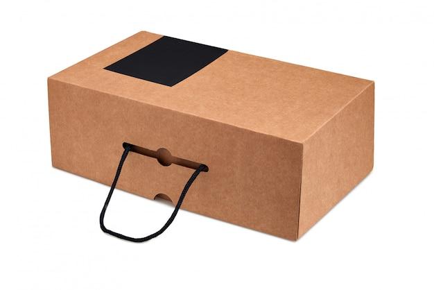 Przetwarzane puste pudełko po butach z uchwytem na białym tle