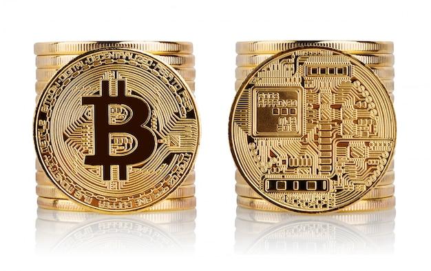 Przód i tył bitcoinów na białym tle