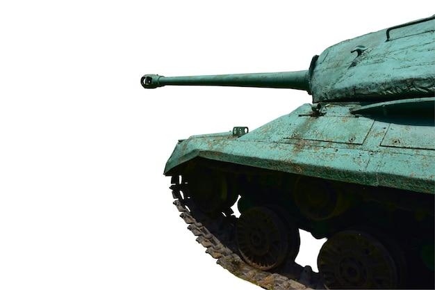 Przód starego radzieckiego czołgu ciężkiego jest sfotografowany z boku na białym tle do przycięcia. przed nim jest puste miejsce na wstawienie tekstu