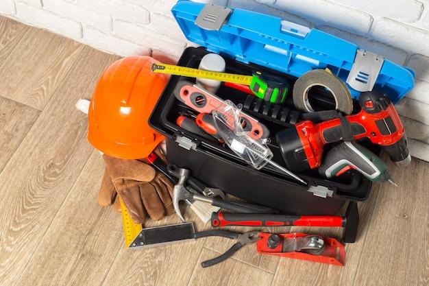 Przybornik z narzędziami