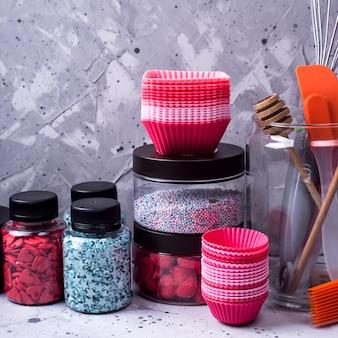 Przybory kuchenne i narzędzia dla profesjonalnego cukiernika