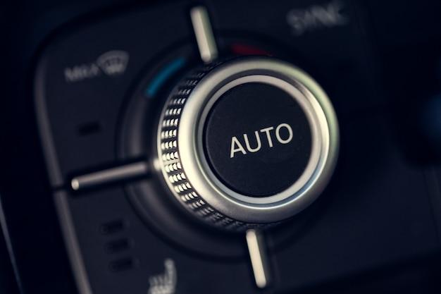 Przycisk klimatyzacji samochodowej