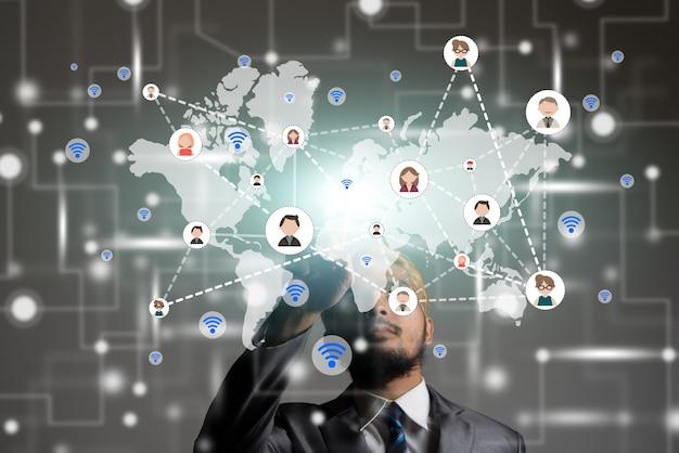 Przycisk ręcznie człowiek wiadomości multimedialnych