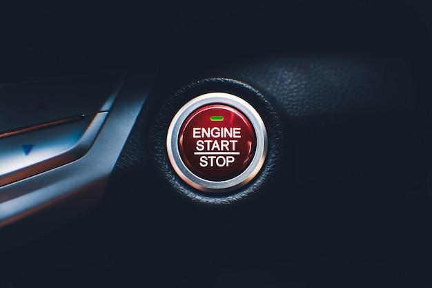 Przycisk uruchamiania i zatrzymywania silnika systemu bezkluczykowego dostępu do samochodu w samochodzie;