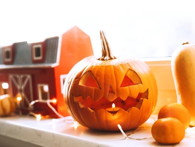 Przygotowanie do jesiennego wystroju halloween
