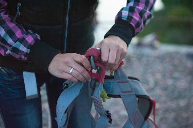 Przygotowanie do skoku z mostu, strach przed skokiem, sprzęt do skoków