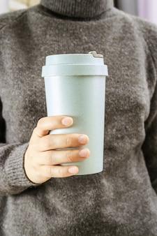 Przyjazny dla środowiska bambusowy kubek wielokrotnego użytku do kawy na wynos