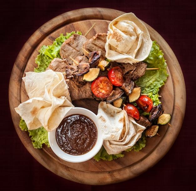 Przysmaki mięsne i warzywne